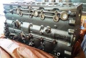 6754-21-1310, 6754-21-1410 Блок цилиндров Komatsu (Комацу) PC200-8, PC220-8