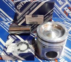 6754-32-2110 Поршень Komatsu PC200-8 / PC220-8 / SAA6D107 с кольцами и пальцем