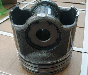 RE559562 Цилиндро-поршневая группа John Deere 6135