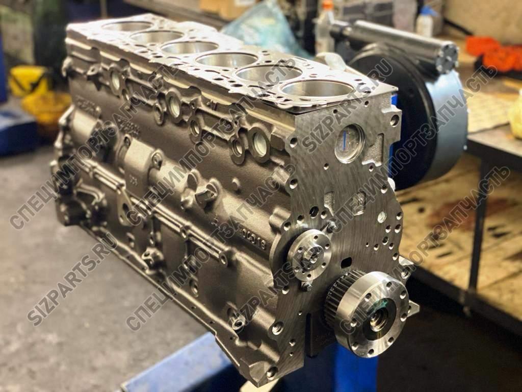 Сборку длинного и короткого блоков двигателя Komatsu